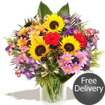 Haselbury Bucket-tied & Glass Vase #flowers Sunflower Bouquets, Gifts Delivered, Flowers Delivered, Free Delivery, Glass Vase, Sunflowers, Floral, Plants, Bucket
