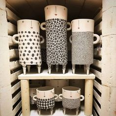 Best Free Ceramics pottery inspiration Ideas Good luck ladies🙏 it's only Ceramic Studio, Ceramic Clay, Ceramic Bowls, Stoneware, Porcelain Ceramics, Slab Pottery, Ceramic Pottery, Pottery Art, Thrown Pottery