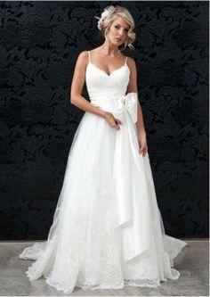 Custom made spaghetti straps wedding dress - Wedding look
