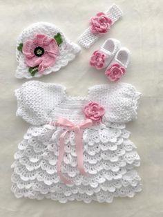Crochet Dress Girl, Baby Girl Crochet, Crochet Clothes, Hand Crochet, Baby Girl Gift Sets, Baby Set, Six Month, Dress Hats, Bandeau