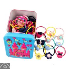 This Ziory Pack of 40 Rubber Multi-Motifs Bands is a must have accessory in your little girls wardrobe.