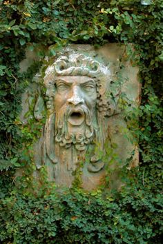 Creating Garden Rooms- this, if i know my irish mythology correctly, is the green man