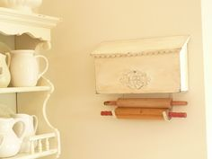 An old mailbox repurposed in the kitchen.  How clever ! (from Kate's Place)
