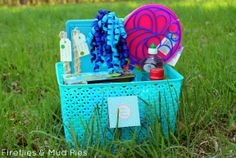 Create a homemade bubble making basket to give as a gift!