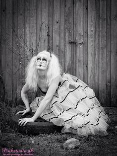 Photographer: Pinkstudio.dk MUA: Birgitte Ansbjerg Model: Me (Heidi Bjelkerup)