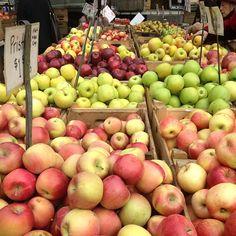 Fresh fall #apples at #Manhattan's Union Square Greenmarket! #farmersmarketnyc pic via foodjetaime on Instagram