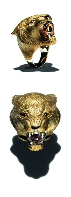 Carrera y Carrera Bestario Collection 18kt Yellow Gold Large Tigre Ring with Smokey Quartz