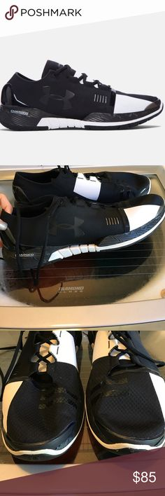 WORN ONCE AMP MENS SIZE 14 LK NEW LASTDAY 2 BUY Under Armour SPEEDFORM AMP size 14 Men's like new condition worn twice in clubhouse and around stadium. Athlete owned. Still online for 119.99 Under Armour Shoes Athletic Shoes