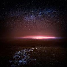Contemplez le ciel étoilé de la Finlande à travers ces photographies envoûtantes