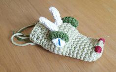 Dragonhead dice-bag I crocheted for my geek ;)