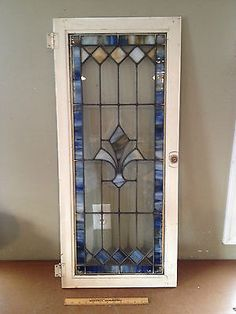 STAINED-GLASS-WINDOW-Vtg-Antique-Leaded-Old-Blue-Fleur-de-lis-39-5-x-17-5