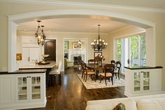 """Arch ~ Open Floor Plan Design, Pictures, Remodel, Decor and Ideas - page 3 """"the dark floor """" Casa Patio, Traditional Dining Rooms, Traditional Kitchens, Living Room Kitchen, Kitchen Dining, Open Kitchen, Dining Area, Living Rooms, Kitchen Island"""