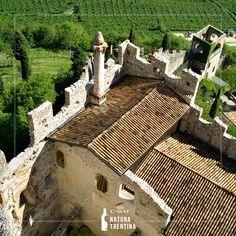 Gotico, fortificato o cinquecentesco, in quale #castello vi piacerebbe rivivere epoche passate? In #Trentino c'è davvero l'imbarazzo della scelta!
