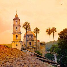Visita el Santuario de Nuestra Señora de la Asunción en Tingüindín y disfruta del delicioso pan tradicional.