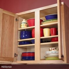 10 Kitchen Cabinet & Drawer Organizers You Can Build Yourself These 10 simple kitchen cabinet organization tips show how to turn empty space in kitchen cabinets and drawers into useful storage for supplies and utensils. Simple Kitchen Cabinets, Kitchen Sink Storage, Under Sink Storage, Kitchen Cabinet Organization, Storage Cabinets, Storage Drawers, Kitchen Organizers, Cupboards, Cabinet Organizers