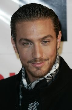 Eugenio Siller, Mexican actor and singer. I love his hair and exquisitely shaped beard. Sexy Guys, Sexy Men, Hot Guys, Men's Grooming, Complete Outfits, Good Looking Men, For Stars, Facial Hair, Bearded Men