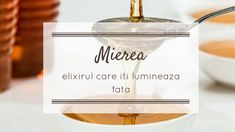 Mierea este un ingredient extraordinar pentru ingrijirea pielii datorita proprietatilor ei antibacteriene si antimicrobiene, a continutului de enzime, saruri minerale si antioxidanti. Barware, Place Card Holders, Cosmetics, Health, Nature, Plant, Naturaleza, Health Care, Nature Illustration