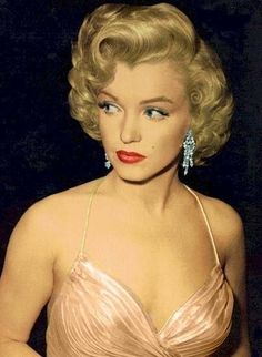 Marilyn...I'm not a big fan, but she must have been a sight to see in person.