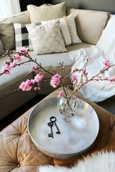 Bring the outdoors in | Spring home tour | flowering branches | blossoms | dark walls | pink accents