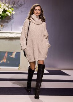 Cowl Neck Turtleneck Sweater Dress Over The Knee Boots H&m Fashion, Fashion Outfits, Paris Fashion, Fashion Week, Chic Outfits, Fall Outfits, Oversized Pullover, Mode Ootd, Knit Sweater Dress