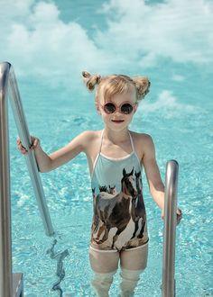 BABIEKINS MAGAZINE   Aquamarine