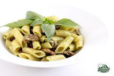 La Cuisine de Bernard: Les Pâtes au Pesto et Tomates séchées (chaudes ou en salade froide)