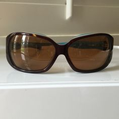 Authentic Oakley Betray Woman Sunglasses Super cute Oakley Betray Sunglasses. Worn once, excellent condition, no scratches. Model: 05-904 Oakley Accessories