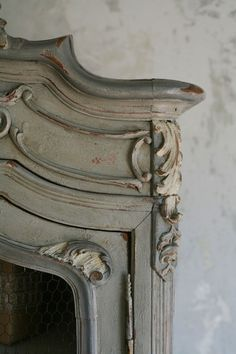 Annie Sloan Chalk Paint Ideas | Louis Armoire