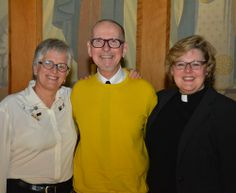 After 24 years of teaching Middle School Drama at Havergal, Larry Tayler will be retiring at the end of June. On May 16, 2014 we celebrated him at Upper School Prayers. We wish Mr. Tayler all the best in his retirement!