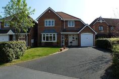 4 bedroom detached house for sale in Ellingham Way, Kingsmead, Northwich, Cheshire - nice big garage for the boat and my car!