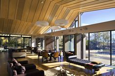 Mountain Range House / Irving Smith Jack Architects