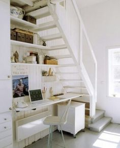 Low profile attic stairs