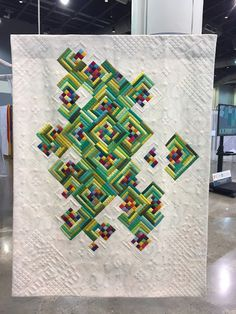 QuiltCon has been a really fun trip! More later on that! Here are some of my Most favorite quilts... tags later, I just realizes I gott...