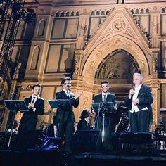 Via  6diFirenzeSe @ilvolomusic conquista Firenze con la benedizione di @Placido_Domingo  #ilvolo #Firenze #UnaNotteMagica #ilvolo #PlacidoDomingo #ThreeTenorsTribute Grazie mille per la condivisione  #ilvoloversdelmundo #ilvolomundialoficial http://bit.ly/29ebDi4