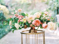 Featured Floral Designer   Event Stylist: The Southern Table http://www.portugalwhiteweddings.com/#!wedding-colour-palette/c1sm1