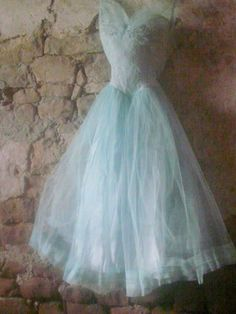 shabby blauw groene tule jurk | Nieuw - New | De Merel Brocante webwinkel
