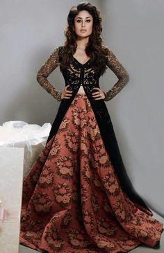 Kareena Kapoor Khan in Sabyasachi for Femina India Pakistani Dresses, Indian Dresses, Indian Outfits, Sabyasachi Dresses, Pakistani Kurta, Anarkali Frock, Lehenga Choli, Kareena Kapoor Lehenga, Floral Lehenga