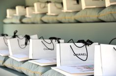 Chanel Runway - i want one of those goodie bags!!!!