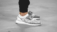ADIDAS ULTRA BOOST UNCAGED SHOES