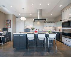 Cherry Creek Loft By Chris Awadalla Akbd, Contemporary Kitchen, Denver Kitchen Interior, Kitchen Design, Kitchen Pictures, Kitchen Pics, Awesome Kitchen, Fancy Kitchens, Traditional Kitchen, Home Decor Inspiration, Kitchen Cabinets