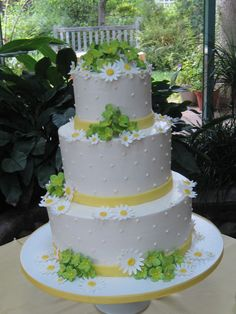 Yellow & Green Wedding Cake. My Moms wedding cake was covered in Daisys
