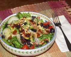 Delicious and Healthy Balsamic Vinaigrette Salad Dressing.