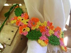 Forest Candy Crochet Curtain Tie-Back Free Pattern