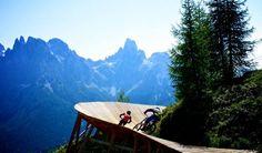 Voglia di emozioni forti? Che ne dite di questo?   Alla San Martino Bike Arena vi aspettano dei #tracciati favolosi...per un carico di adrenalina sulle due ruote!   #smart #Trentino #bikeintrentino #mountainbike #vacanzaattiva #endurotrails   Ph Credits: visittrentino.it
