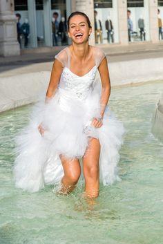 Robe de mariée sur mesure Lyon - Ludivine Guillot / Robe - Mariée - Dentelle - Bustier - Strass - Tulle - Volants - Mouchoirs  - wedding dress - bridal gown - lace - mariage - tendance 2017 2018
