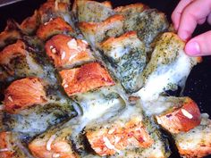 Les receptes que m'agraden: Pa de pagès gratinat amb pesto i mozzarella - Hogaza gratinada con pesto y mozzarella