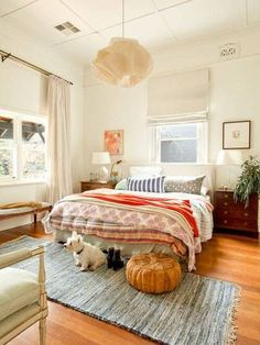 Adorable 100 Year old house becomes a family home in Australia – eclectic – Bedroom – Perth – Red Images Fine Photography The post 100 Year old house becomes a family home in Australia – eclectic – Bedroom – Per… appeared first on 99 Decor . Small Master Bedroom, Cozy Bedroom, Dream Bedroom, Girls Bedroom, Bedroom Ideas, White Bedroom, Bedroom Designs, Bedroom Inspiration, 70s Bedroom