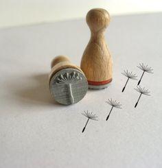 Pusteblume Holzstempel - entdeckt bei Utenliesjen auf www.dawanda.de