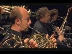 Sweet Caroline - Orchestra St. Martins Symphony of Los Angeles (Video no oficial) - YouTube