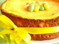 Ralu's Little Kitchen: Pasca cu branza si pasca cu ciocolata Little Kitchen, Easy Desserts, Cornbread, Cheesecake, Cooking Recipes, Ethnic Recipes, Cakes, Pie, Millet Bread